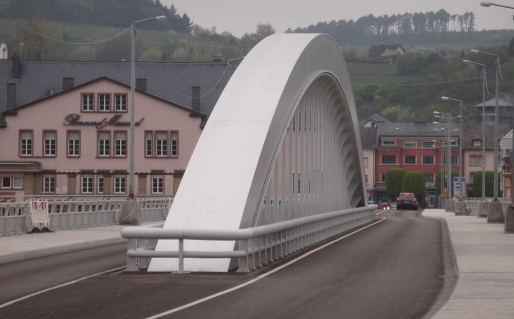 Grevenmacher Bridge: high strength steels for the landmark